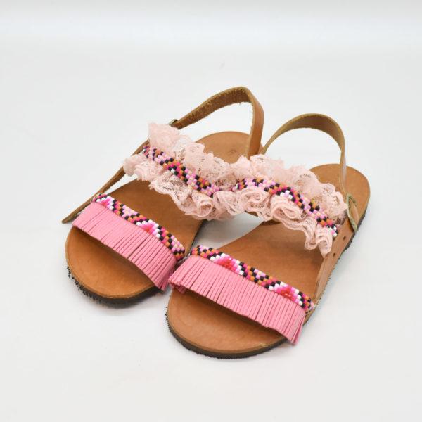 2222516d97c Χειροποίητα παιδικά σανδάλια με ροζ τρέσα και δαντέλα. – Bibiaz ...